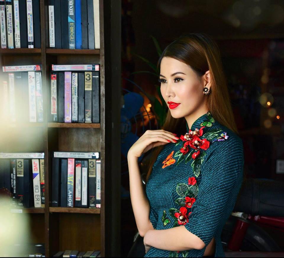 Thanh Hoài đằm thắm diện áo dài Minh Châu