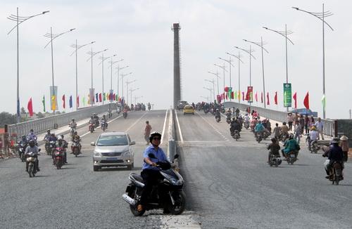 Thông xe cầu nối 3 quốc lộ phía Đông TP HCM