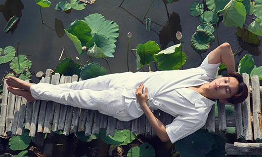 """Lễ Phật Đản: Hoàng Kỳ Nam tung album và MV """"Mẹ từ bi"""""""