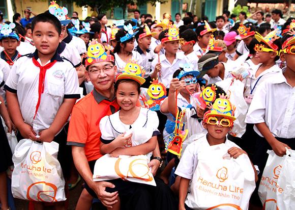 """Sự kiện """"Vui trung thu cùng trẻ em Củ Chi"""" mang đến niềm vui và chia sẻ khó khăn, giúp các em có cuộc sống tốt đẹp hơn"""