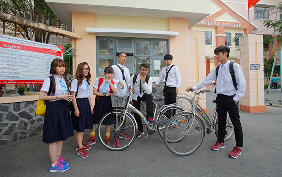 FAPtv vinh dự là đại diện duy nhất của Việt Nam lọt top YouTube Rewind 2017