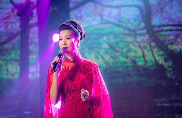 """Trịnh Kim Chi gây ấn tượng mạnh khi hát Bolero trong chương trình """"Khúc tự tình"""""""