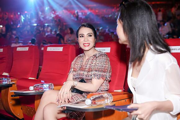 Doanh nhân Lưu Nga ủng hộ nhan sắc và nhân cách Hoa hậu Hoàn vũ Việt Nam H'Hen Niê