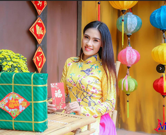 Á hậu Nani Phương Anh hoài cổ với áo dài gốm sứ và huyền thoại phương Đông của NTK Trần Tâm Tâm