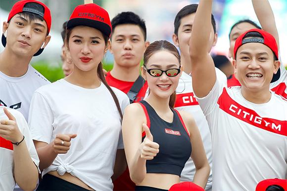 Minh Hằng khuấy động tinh thần thể thao tại Revive Marathon xuyên Việt