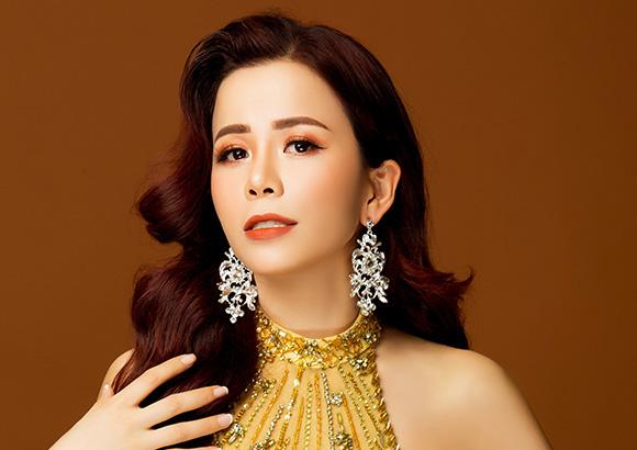 Nữ doanh nhân tốt nghiệp Đại học Kinh Tế Oanh Lê đại diện Việt Nam tại Mrs International World 2019